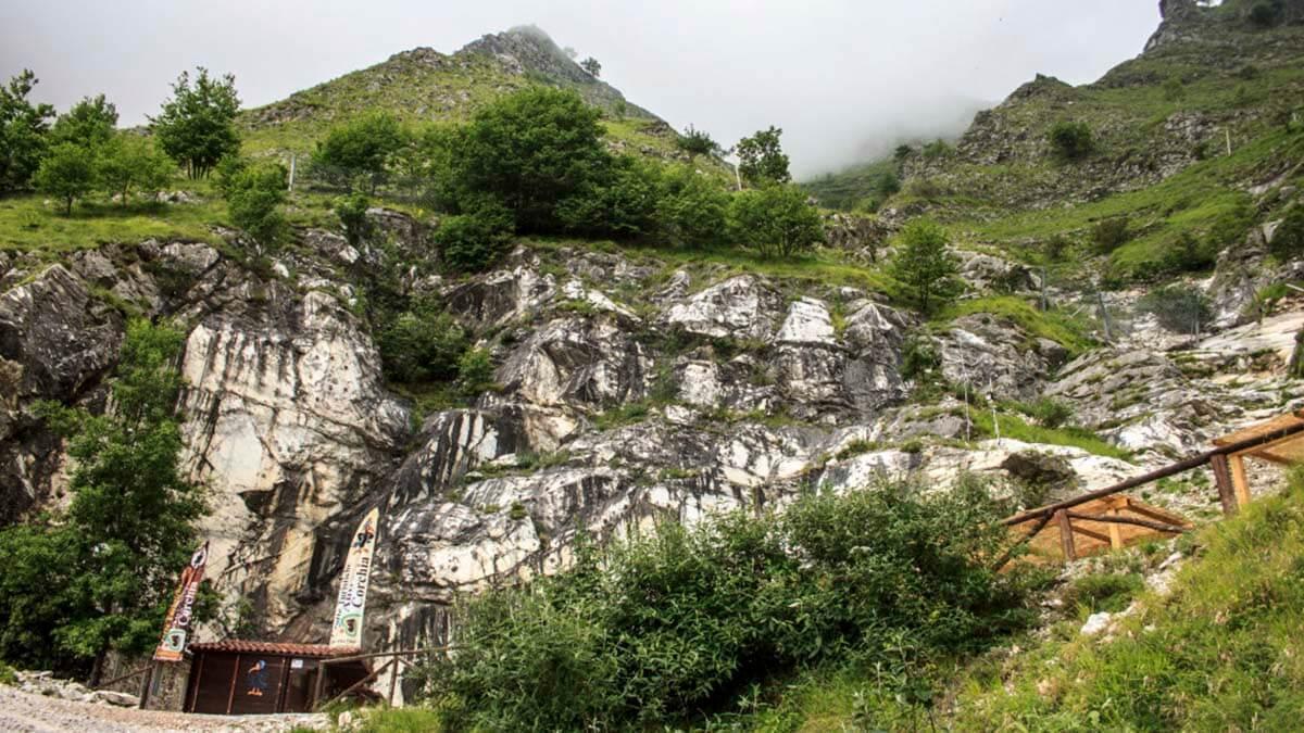 Экскурсия «Чудеса Природы – Пещера Л'Aнтро делла Коркия» (фото 5)