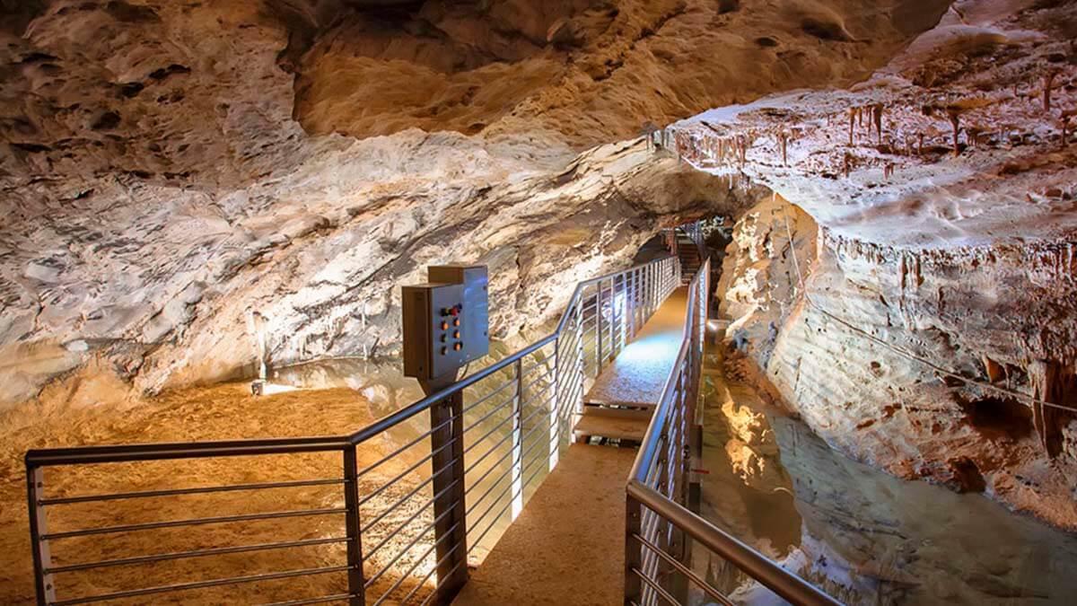 Экскурсия «Чудеса Природы – Пещера Л'Aнтро делла Коркия» (фото 9)