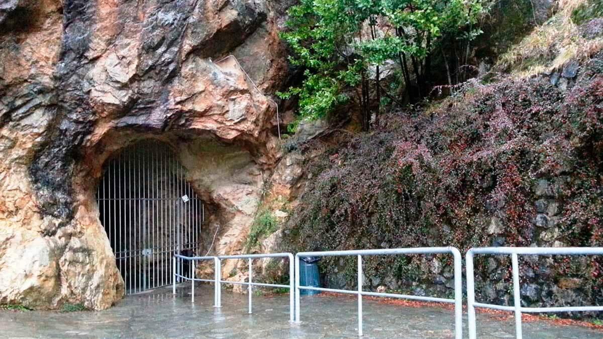 Экскурсия «Чудеса природы – Пещера Ветра» (фото 6)