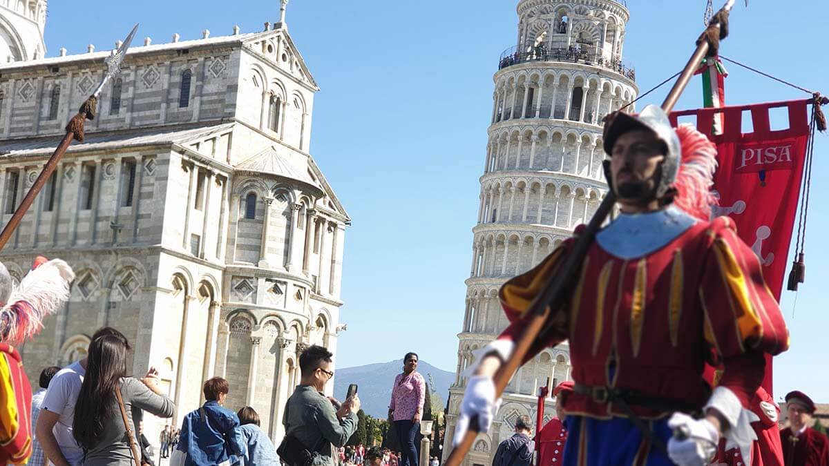 Экскурсия на Площади Чудес (фото 2)