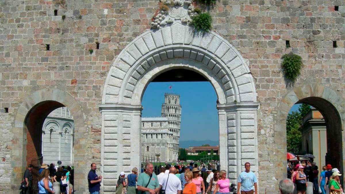 Экскурсии по городу Пиза (фото 2)