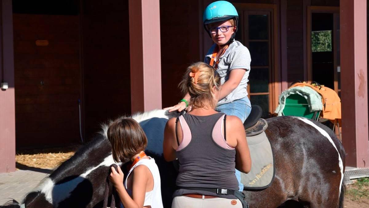 Уроки верховой езды для детей в Пизе (фото 5)