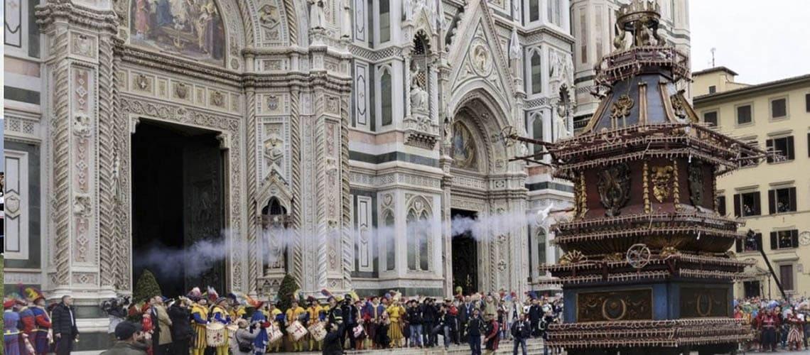Флоренция | Scoppio del Carro e Volo della Colombina