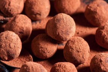 Кухня Тосканы: кокосовые творожные трюфели